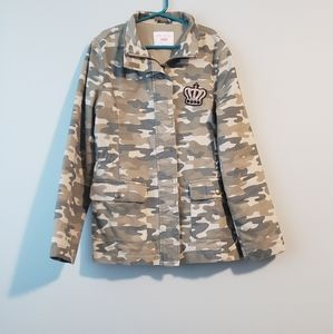The Children's Place size 10/12 girl's camo jacket